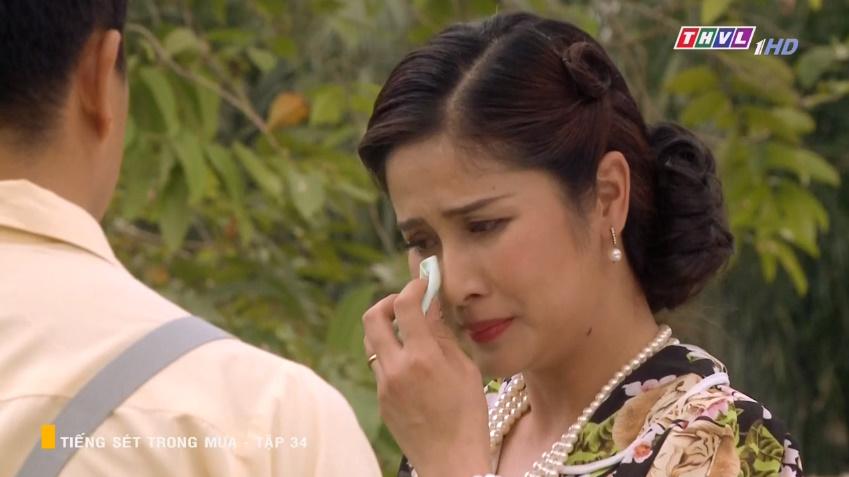 'Tiếng sét trong mưa' tập 34: Số nhọ như thầy thuốc của bà Hạnh Nhi, vừa tỏ tình xong đã mất việc ngay lập tức 20