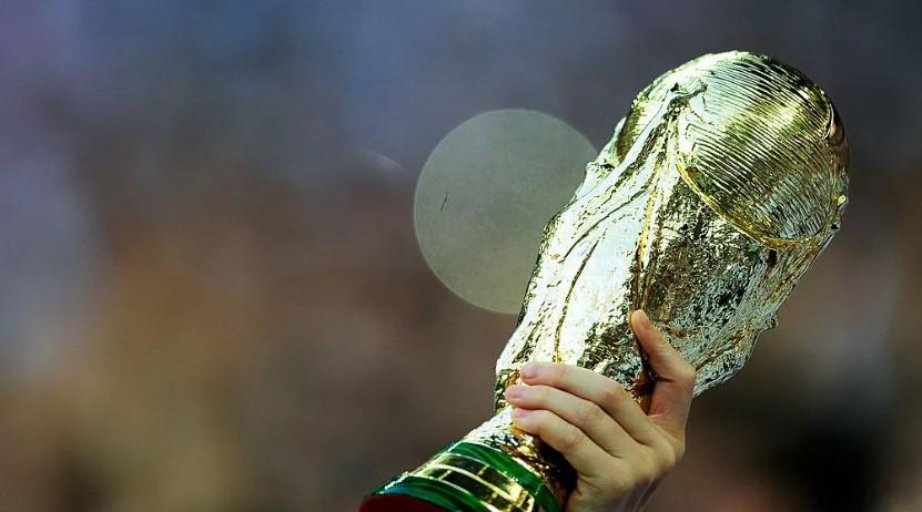 Việt Nam và Malaysia sẽ là 2 trong số 5 nước ASEAN tham gia chạy đua đăng cai World Cup 2034 (ảnh: getty)