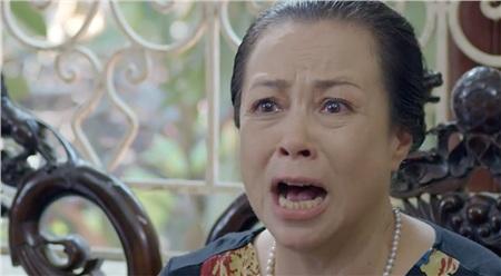 Bà Kim đổ hết tội lên đầu San dù mình là người gián tiếp gây ra cái chết của chồng