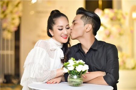 Vợ chồng Khánh Thi khiêu vũ đắm đuối trên sân khấu 6