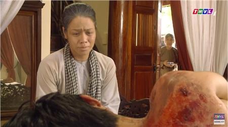 'Tiếng sét trong mưa' tập 41: Sau Khải Duy, đến lượt bà Bảy cũng không nhận ra Thị Bình khi gặp lại 8