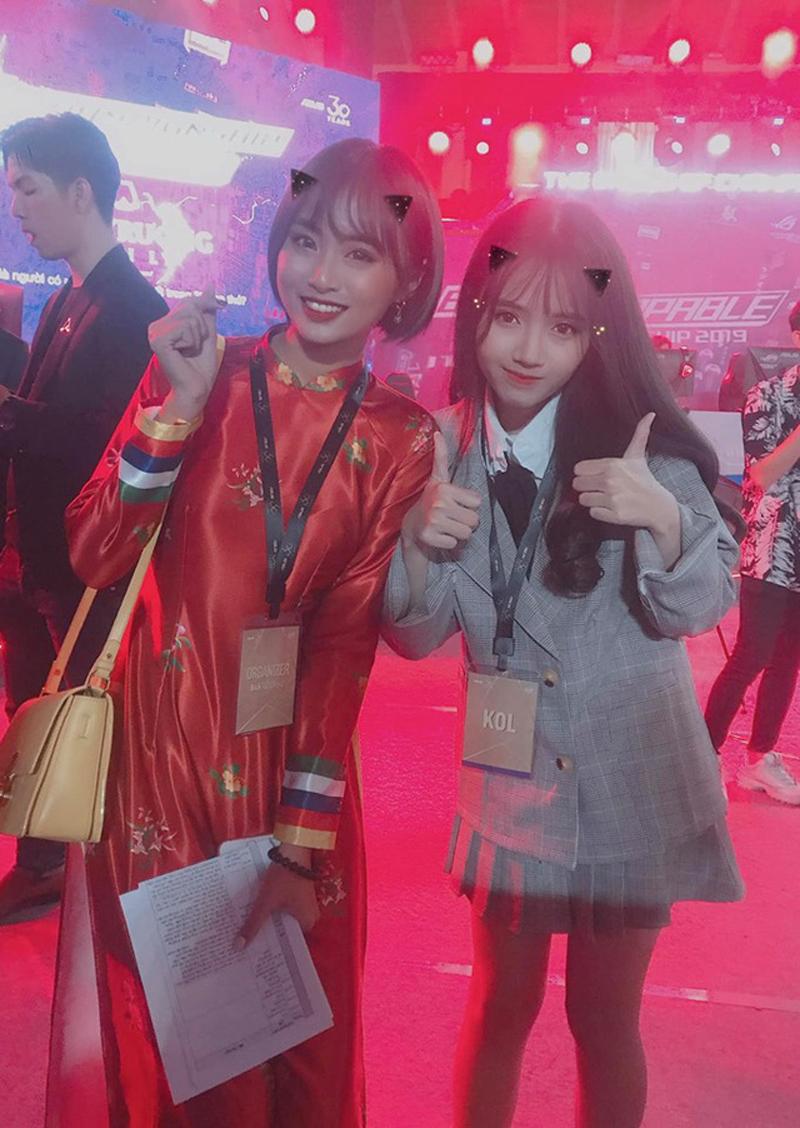 MC Minh Nghi và cô nàng Hường Lulii - mỗi người một vẻ mười phân vẹn mười