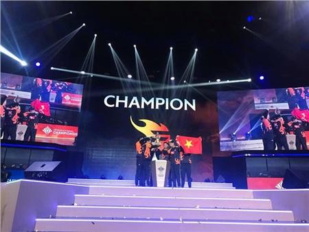 Nhà vô địch mới của AIC 2019 -Team Flash
