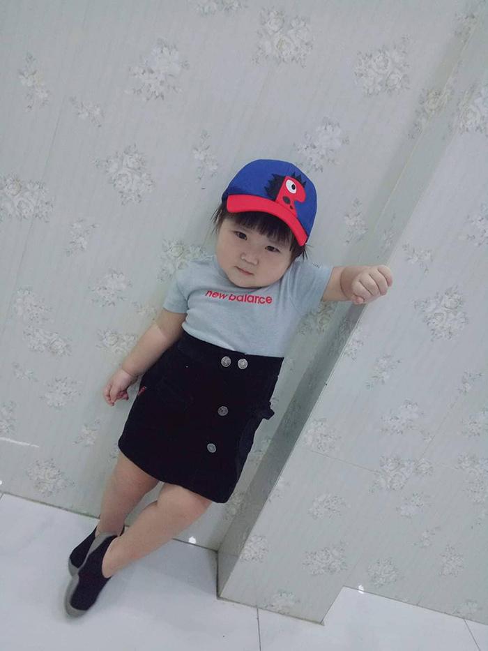 'Cưng xỉu' trước loạt biểu cảm phụng phịu siêu dễ thương của bé gái 2 tuổi tại Đà Lạt 17