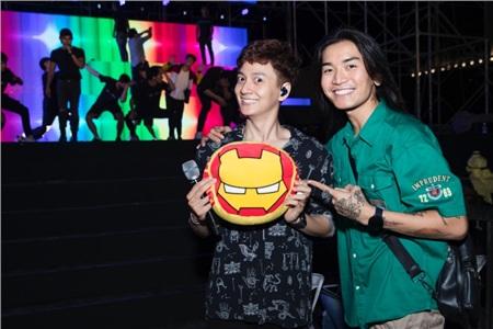 BB Trần bất ngờ xuất hiện trong buổi tổng duyệt liveshow Ngô Kiến Huy 1