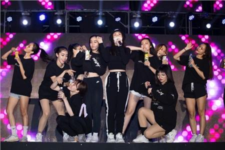 BB Trần bất ngờ xuất hiện trong buổi tổng duyệt liveshow Ngô Kiến Huy 9