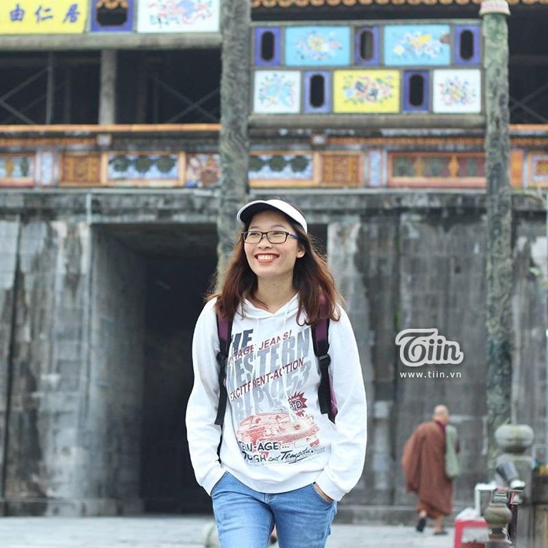 Chị Lê Nguyệt - Người phụ nữ gây xôn xao mạng xã hội vìtừ bỏ công việc với mức thu nhập đến1 tỷ/tháng để đưa gia đình rời Hà Nội lên núi làm nông dân.