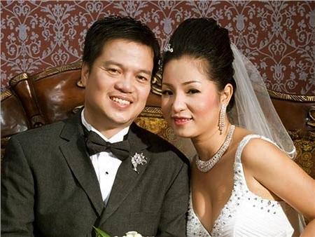 Ông Nguyễn Văn Nam và Thúy Nga trong ảnh cưới.