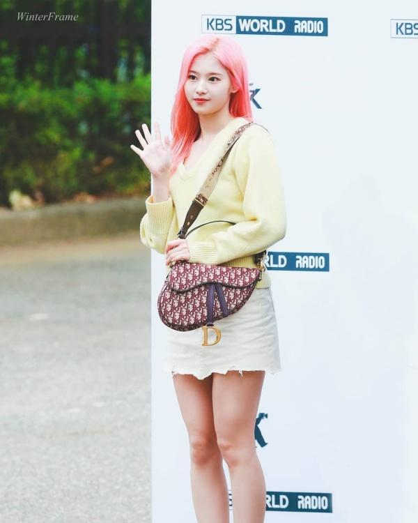 96-line của showbiz Hàn: Ai nấy đều đẹp như tiên tử, thần thái đến thời trang đều đỉnh của đỉnh 13
