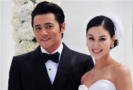 Jang Dong Gun và vợ Ko So Young là 'cặp đôi kiểu mẫu' trong showbiz Hàn
