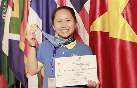 Nguyễn Bảo Ngân Giang và tấm huy chương Vàng tại ISMO 2019