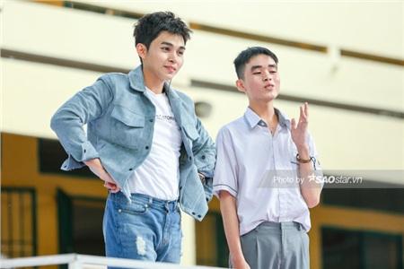… tiện thể 'vạch trần'MC Jun Phạm… mông lép.