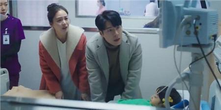 Tội cho 'hồn ma' Kim Tae Hee, xuyên suốt gần 1 tập phim 'Hi bye, mama' chỉ được diện duy nhất 1 bộ quần áo 1