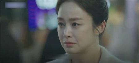 Yoo Ri trở lại thành người, bỏ ngỏ về những diễn biến gay cấn trong các tập tiếp theo.