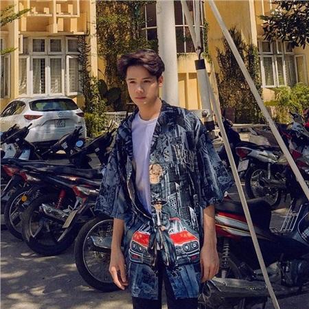 Chàng trai quyết tâm thay đổi ngoại hình để theo đuổi ước mơ và cái kết trở thành 'trở thành mỹ nam vạn người mê' 9
