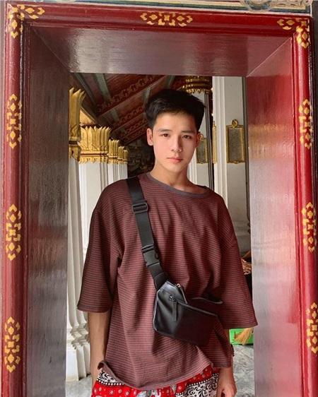 Chàng trai quyết tâm thay đổi ngoại hình để theo đuổi ước mơ và cái kết trở thành 'trở thành mỹ nam vạn người mê' 12
