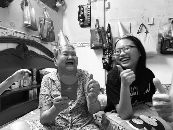 Ngoài bố mẹ và chị gái, Phương Mỹ Chi rất hay kể về ông bà ngoại.