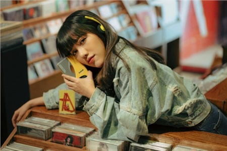 Chủ nhân hit 'Hôm nay tôi buồn' theo đuổi hình ảnh ca - nhạc sĩ, sắp ra mắt album mới 1
