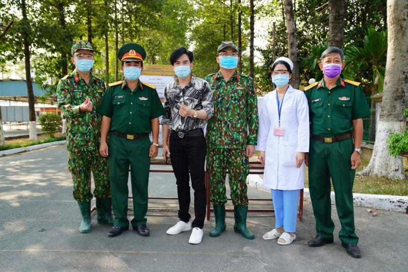 Tổng giá trị vật phẩm được thống kê đến 282.700.000 VNĐ. Chi phí này có được từ sự đóng góp của ca sĩ Đan Trường, Trung Quang và fan club.