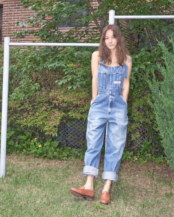 Sao Hàn mặc đẹp tuần qua: Loạt sao 'chỉ' cách mix đồ trendy mà dễ ứng dụng ngày hè, Joy liên tục tụt phong độ 16