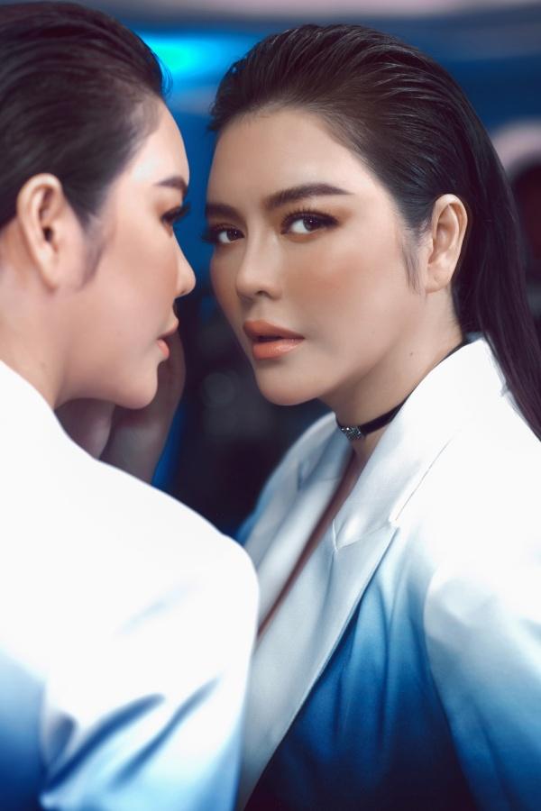 Showbiz thêm cặp chị em nhan sắc 'không phải dạng vừa' Lý Nhã Kỳ - Khánh Vân 3