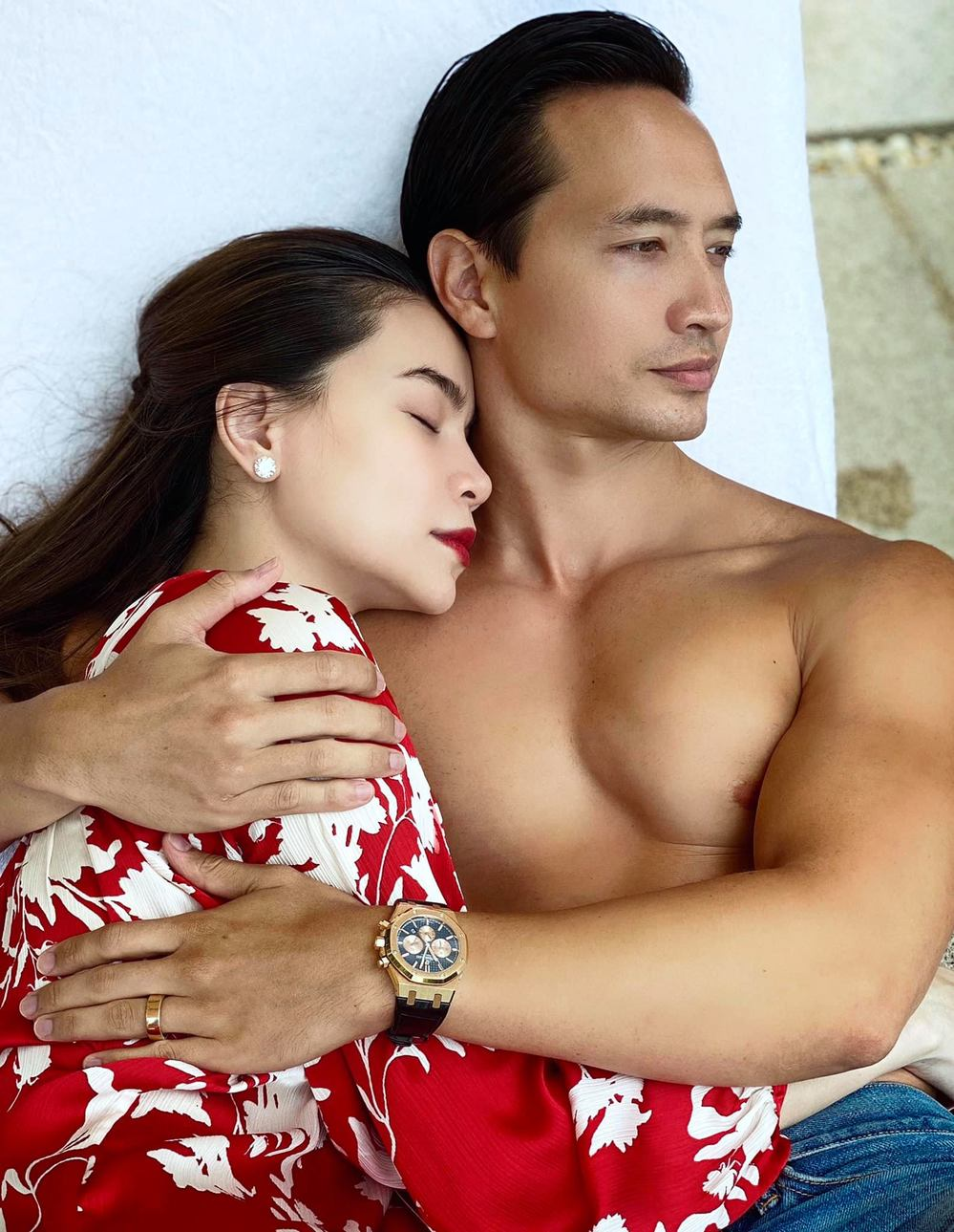 Hiện, Hồ Ngọc Hà và Kim Lý vẫn chưa lên tiếng về chuyện đang có em bé và dự định đám cưới trong tương lai.