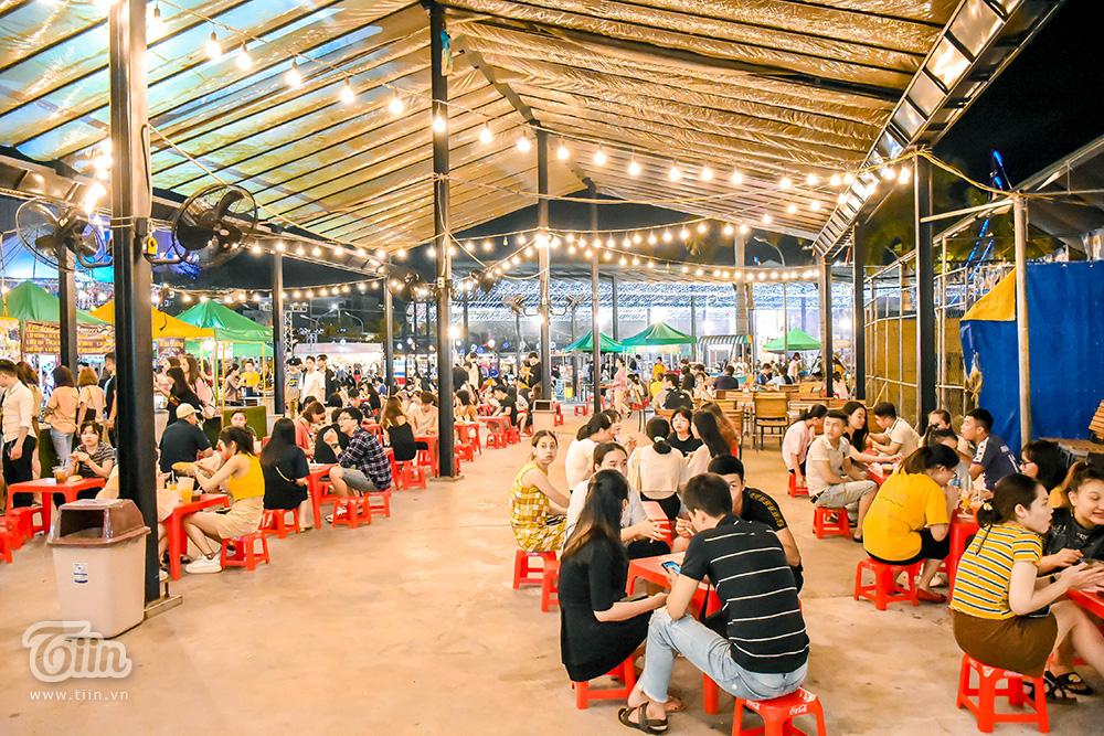 Mở cửa đón khách sau thời gian dài nghỉ dịch, chợ đêm Đà Nẵng khởi động nhộn nhịp mùa cao điểm du lịch 13