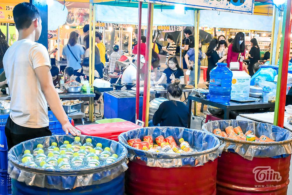 Mở cửa đón khách sau thời gian dài nghỉ dịch, chợ đêm Đà Nẵng khởi động nhộn nhịp mùa cao điểm du lịch 20