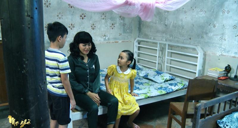 'Mẹ ghẻ' tập 17: 'Giận tím người' khi Diệu vì cứu con ghẻ mà để con ruột bị nước cuốn trôi 1
