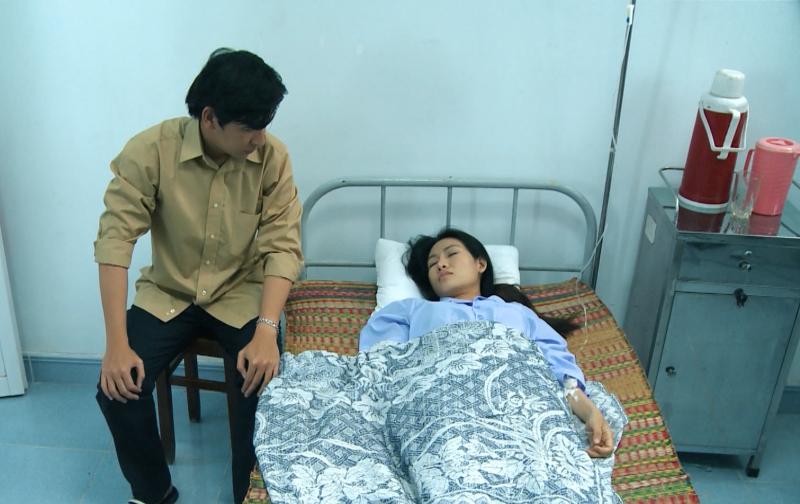 'Mẹ ghẻ' tập 17: 'Giận tím người' khi Diệu vì cứu con ghẻ mà để con ruột bị nước cuốn trôi 5