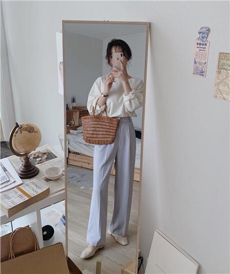 10 set đồ vừa xinh lại tôn dáng từ những nàng sành mặc: Xem xong là 'múc' ngay được một set diện đi chơi cuối tuần 5