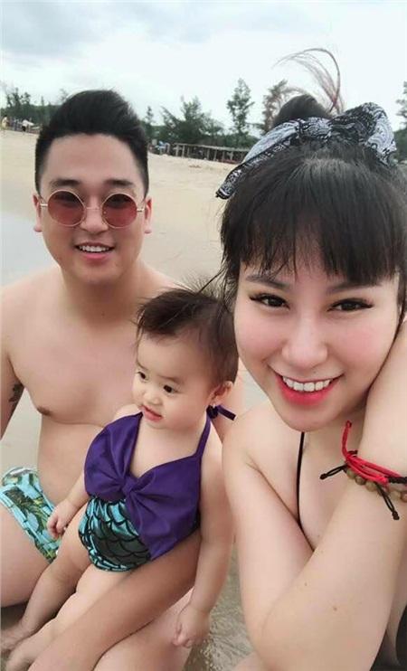 Gia đình hạnh phúc của cặp đôi Ngọc Long - Hải Anh