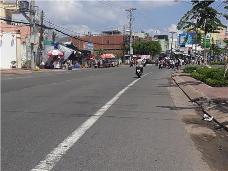 Cà Mau: Tông chết nữ lao công đang quét rác, tài xế ô tô 7 chỗ phóng xe bỏ chạy 1