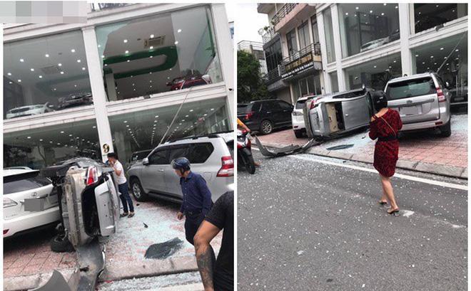 'Bay' từ tầng 2 showroom xuống, chiếc Vios khiến 2 ô tô dưới đất gặp họa 0