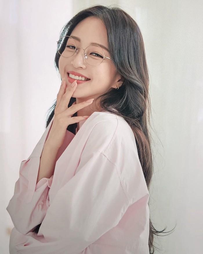Loạt ảnh khoe nhan sắc trẻ trung của han Ye Seul luôn làm nhiều người phải xao xuyến vì quá đỗi xinh đẹp