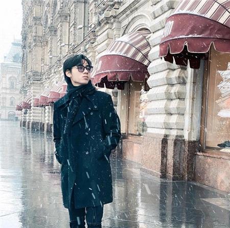 Mặc kệ 'kỷ lục 1,1 triệu dislike', K-ICM khoe loạt ảnh check in cực chất với tuyết trắng xóa tại Nga 0