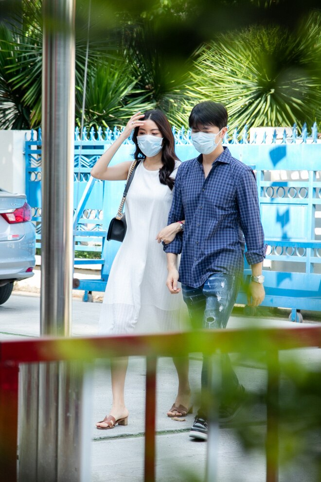 Thuý Vân đi đăng kí kết hôn: 'Từ giờ, tôi chính thức là người đã có gia đình' 0