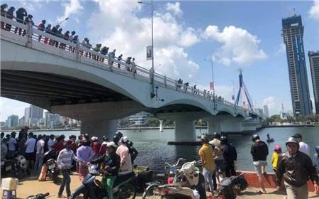 Thuê xe Grab đến cầu sông Hàn, trả tiền rồi nhảy cầu tự tử 0