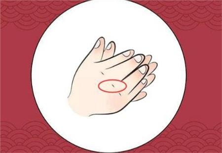 Phụ nữ sở hữu đặc điểm này trên bàn tay, cả đời nắm may mắn và tài vận, sau 35 tuổi cuộc sống thập toàn thập mỹ 1