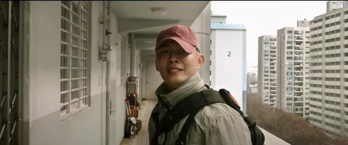 Trailer phim'#ALIVE':Park Shin Hye và Yoo Ah In chiến đấu với lũ zombie cực ngầu 2