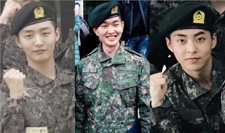 Ba anh chàng Jisung, Onew và Xiumin trong quân ngũ.