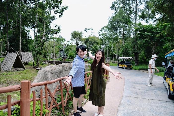 Đông Nhi 'vác bụng bầu' cùng Ông Cao Thắng đến thăm bệnh viện dã chiến Củ Chi: Cặp đôi 'điểm mười' chưa bao giờ khiến fan thất vọng! 6