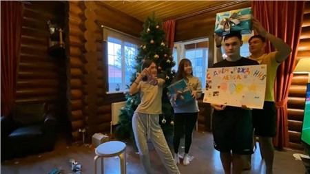 Hóa ra Yến Xuân đang cùng gia đình Lâm Tây trang trí Noel: Ra dáng người một nhà lắm rồi đấy nhé!