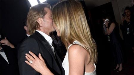 Brad Pitt và Jennifer Aniston hội ngộ.
