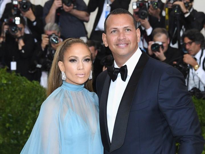 Jennifer Lopez 'rục rịch' chuẩn bị đám cưới lần thứ 4 ở độ tuổi 50 0