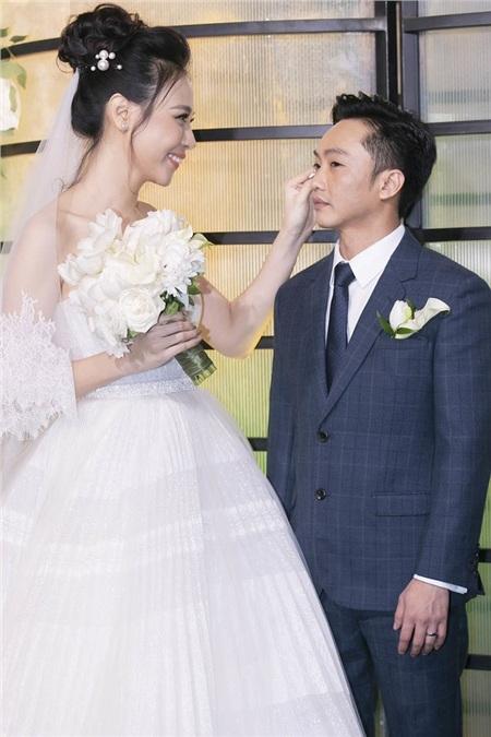 Cường Đô La bị chê chiều cao bất xứng với Đàm Thu Trang, Duy Mạnh đáp trả hộ: 'Một cô gái chân dài sánh đôi với một anh chàng nhỏ bé mới thực sự là trai tài gái sắc' 1