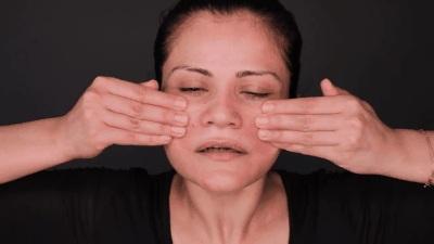 Không sáng thì tối, người Nhật lúc nào cũng massage mặt theo Tanaka để trẻ hóa làn da 8