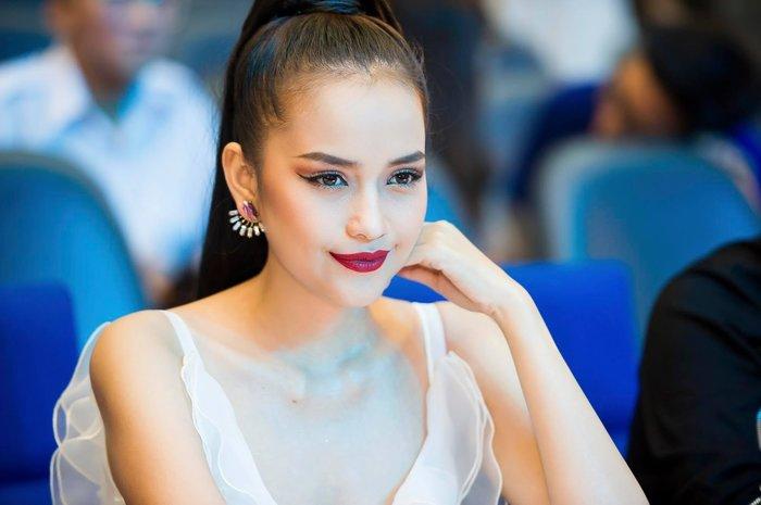 Hoa hậu Hải Dương lên tiếng xin lỗi, bảo vệ Ngọc Châu, ngỏ ý mua bộ quốc phục dở dang của NTK Đông Đông 8