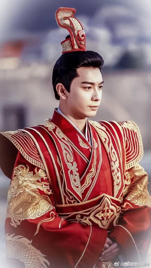 Cảnh đại hôn hoành tráng hoa lệ trong 'Đông cung' gợi nhớ đại lệ phong hậu của 'Võ Tắc Thiên' Phạm Băng Băng 7