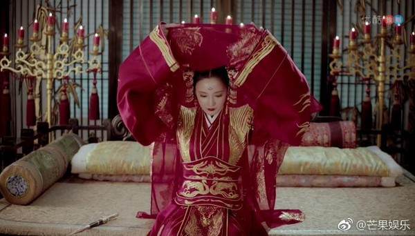 Cảnh đại hôn hoành tráng hoa lệ trong 'Đông cung' gợi nhớ đại lệ phong hậu của 'Võ Tắc Thiên' Phạm Băng Băng 14